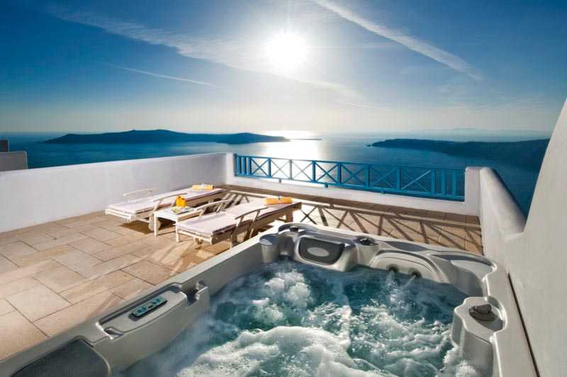 Small Jacuzzi Outdoor