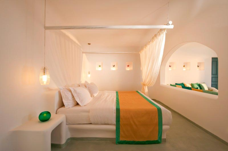 King Size Bed Santorini Suites ...