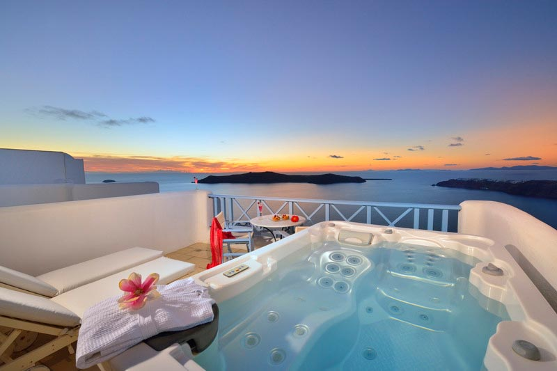 ... Double Room Outdoor Jacuzzi ...