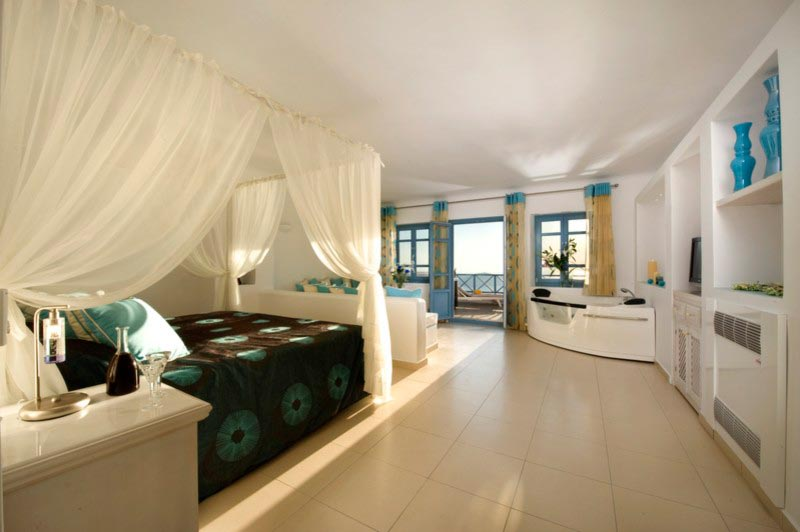 Honeymoon suite imerovigli hotels absolute bliss for Absolute bliss salon